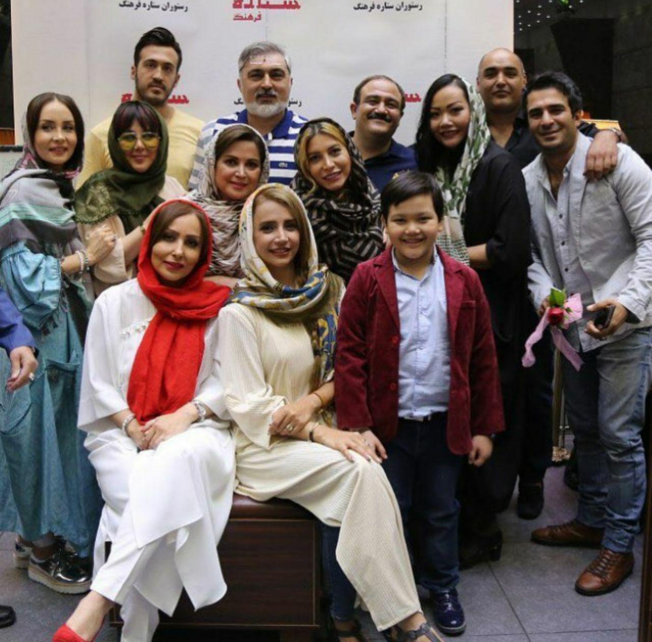 عکس:تولد مهران غفوریان در کنار هنرمندان