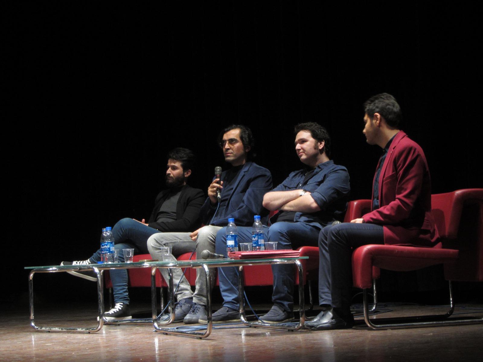 ایرج زاد: «کارگردان» با «فیلمساز» فرق دارد!
