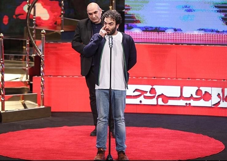 سه واکنش دربارۀ رفتار همایون غنی زاده در مراسم اختتامیۀ جشنواره فیلم فجر/ مسخره بازی بود!