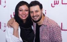 جواد عزتی با همسرش روی صحنه می رود